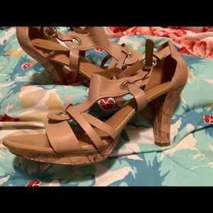 Naturalizer Beige Cork Sandals